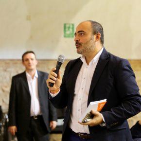 Cs Valdepeñas explica la trascendencia de la aplicación 155 en Cataluña con la participación de Societat Civil Catalana y expertos en Derecho Constitucional