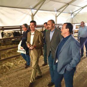"""Francisco Fernández-Bravo: """"Tanto el sector agrícola como ganadero son transcendentales para la economía nacional y provincial ya que ayudan a fijar la población al territorio"""""""