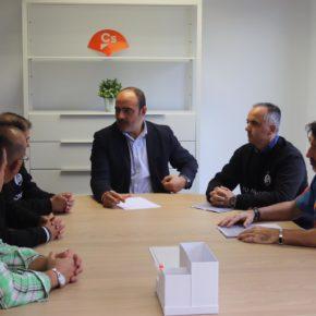 El candidato de Cs Ciudad Real al Congreso muestra su compromiso con el colectivo de funcionarios de prisiones